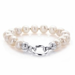 KAGI Cream Pearl Bracelet