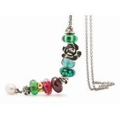 Rose Pendant Fantasy Necklace