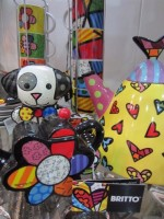 Britto Teapot, spoon rest & cups