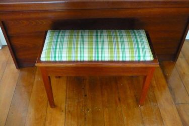 Taringa Piano Stool - Before